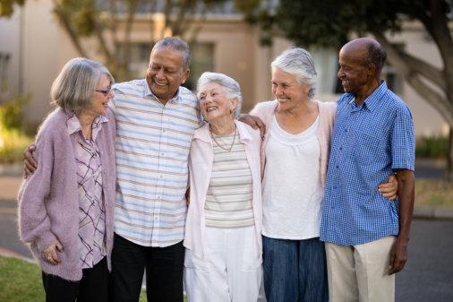 5 Ways to Encourage Seniors to Remain Socially Active